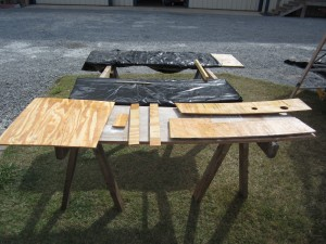panel pieces for holding tank top cover