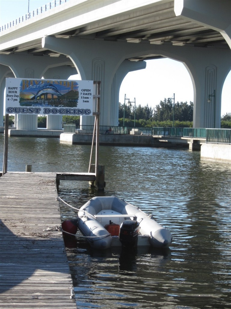 Guest docks make visiting by dinghy an easy choice for local boaters